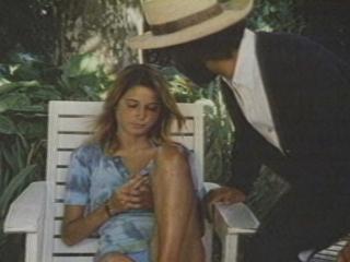 Claires Knee