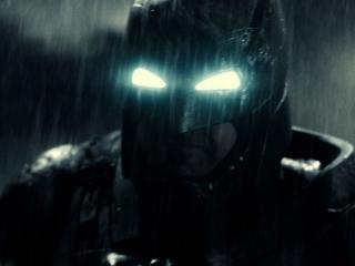 Batman V Superman: Dawn Of Justice: Stay Down!