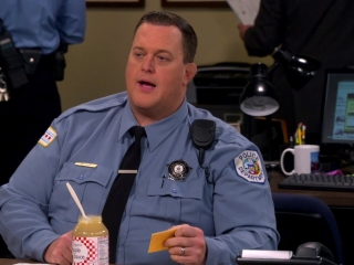 Mike & Molly: Weekend With Birdie