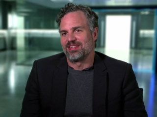 Now You See Me 2: Mark Ruffalo On Using Magic