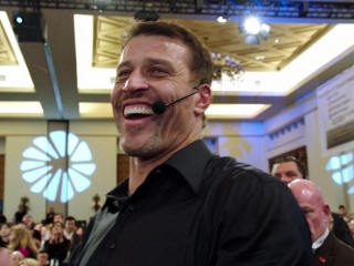 Tony Robbins I Am Not Your Guru