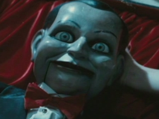 Dead Silence Scene: Jaimie And Lisa Talk About The Doll