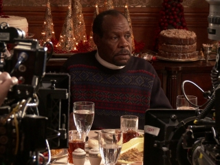 Almost Christmas: Danny Glover (Featurette)