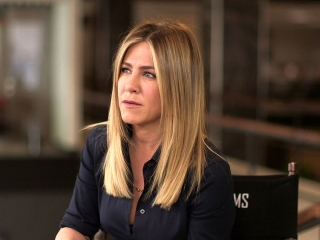 Office Christmas Party: Jennifer Aniston On Having Never Attended An Office Christmas Party