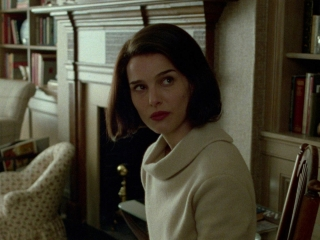 Jackie: Crafting The Screenplay (Featurette)