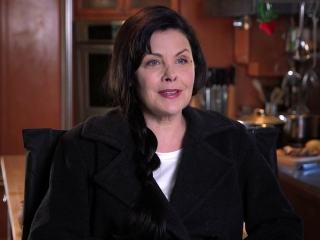 Wish Upon: Sherilyn Fenn On How She Would Describe The Film
