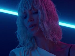 Atomic Blonde: Lorraine Accosts Percival (International)