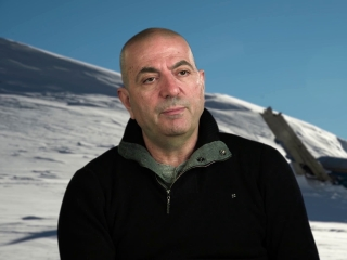 The Mountain Between Us: Hany Abu-Assad On His Hopes (International)