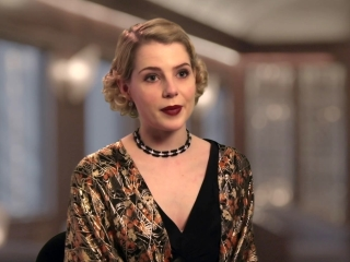 Murder On The Orient Express: Lucy Boynton on Training for The Role (International)