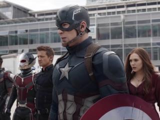 Avengers: Infinity War: First Look (Featurette)