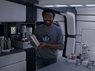 Solo: A Star Wars Story: Donald Glover Falcon Tour (Featurette)
