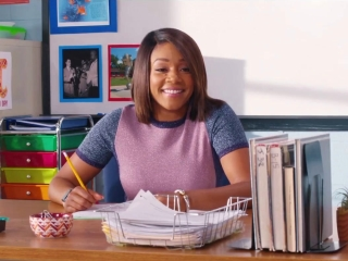 Night School: A Look Inside (Featurette)