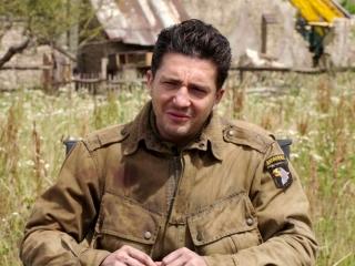 Overlord: John Magaro On Producer JJ Abrams