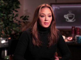 Leah Remini On Her Chemistry With Jennifer Lopez