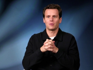 Jonathan Groff On Getting The Group Back Together