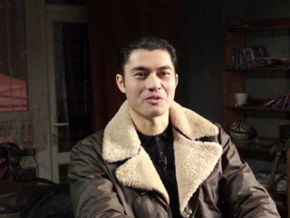 Henry Golding On Script Changes And Guy Ritchie S Workflow