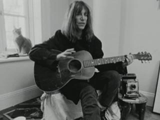 Patti Smith Dream Of Life Patti Talks About Her Gibson Guitar And Learning Bob Dylan Songs