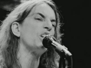 Patti Smith Dream Of Life Patti Says She Never Thought About Singing In A Rock And Roll Band
