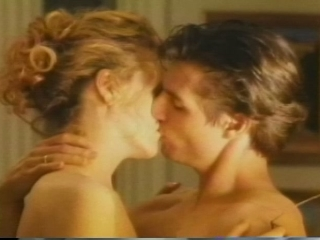 EYES WIDE SHUT (TRAILER 1)