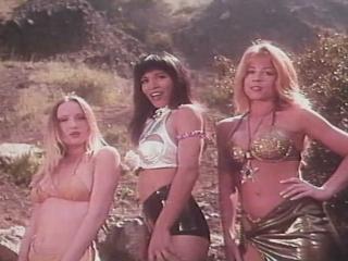 Beach Babes 2 Cave Girl Island