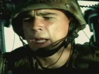 BLACK HAWK DOWN SCENE TOUCHING THE TARGET