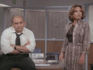 mary tyler moore and lou grant relationship trust