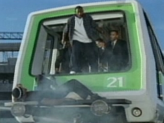 BAD BOYS II SCENE: MONORAIL CHASE