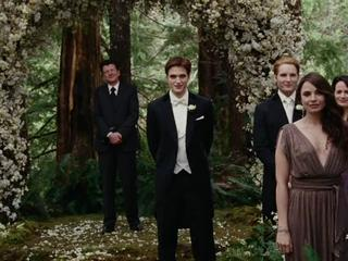 The Twilight Saga Breaking Dawn-part 1 Trailer 1