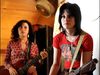 THE RUNAWAYS (SPANISH)