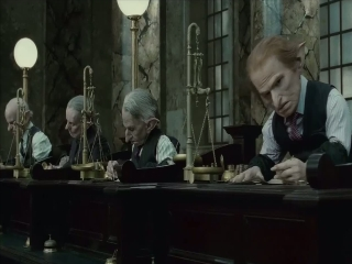 Harry Potter And The Deathly Hallows-part 2 Uk Gringotts And Goblins Featurette