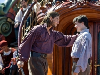THE CHRONICLES OF NARNIA: THE VOYAGE OF THE DAWN TREADER (SPANISH)