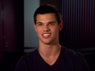 Abduction Behind The Scenes Featurette