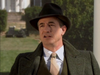 J Edgar Dermot Mulroney On Hoover As A Painter
