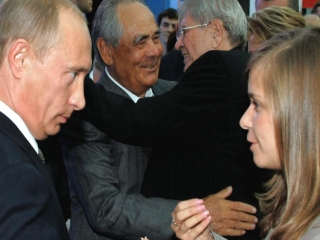 Putins Kiss