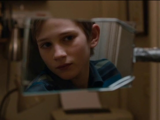 Extremely Loud And Incredibly Close Whats He Looking For - Extremely Loud  Incredibly Close - Flixster Video