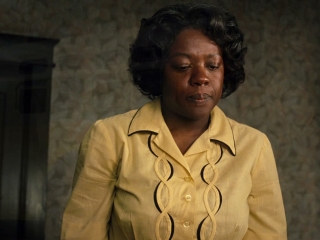 THE HELP: SOCIAL AWAKENING (FEATURETTE)