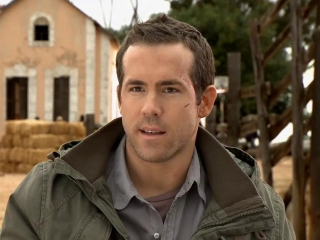 Safe House On The Set Action Featurette