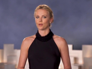 Snow White And The Huntsman: Costumes (Featurette)