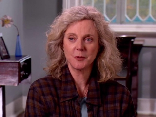 The Lucky One Blythe Danner On Her Character Believing In Destiny