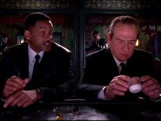 Men In Black 3 Uk Trailer 2