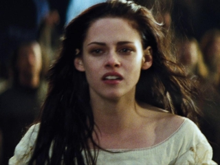 Snow White And The Huntsman (Portuguese/Brazil Subtitled Trailer 4)