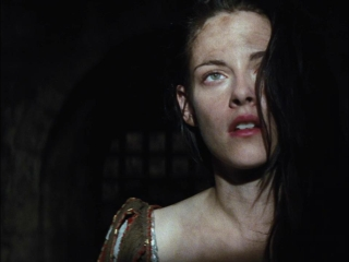 Snow White And The Huntsman (Portuguese Subtitled Trailer 4)