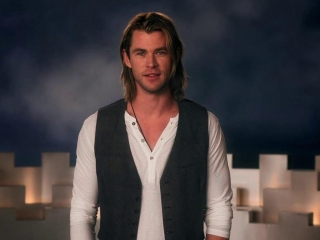 Snow White And The Huntsman Prince William Attacks Featurette