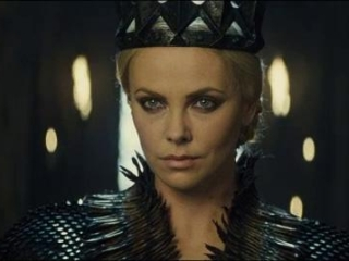 Snow White And The Huntsman: Snow White And The Duke's Army Confront The Queen (Spanish)