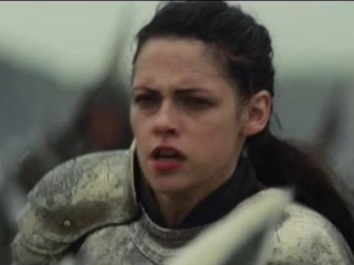 Snow White And The Huntsman: Battle Charge On The Beach (Spanish Subtitled)