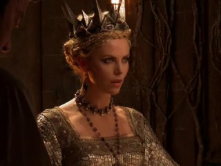 Snow White And The Huntsman: Evil Beauty (Spanish Subtitled)