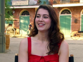 Abraham Lincoln Vampire Hunter Mary Elizabeth Winstead On The Movie - Abraham Lincoln Vampire Hunter - Flixster Video