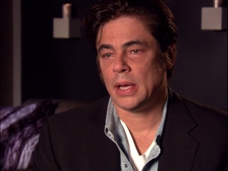 Savages Benecio Del Toro On Lado