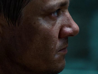The Bourne Legacy Edward Nortonbyer Character Featurette