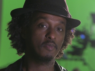 Cosmopolis Knaan Sets Up Character